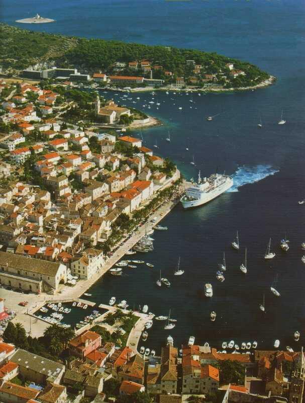 Hvar croatia holiday destinations online travel for Hvar tourismus